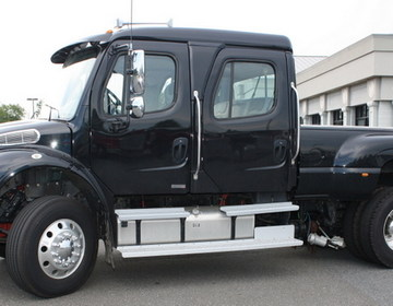 Freightliner M2 фото