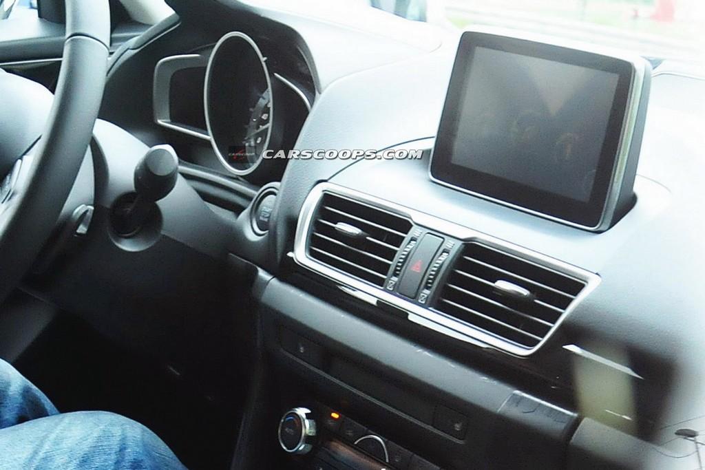 Новая Mazda3: первые фото ин…
