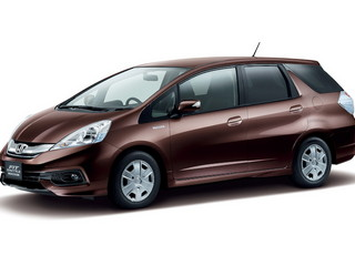 Honda Fit Shuttle Hybrid 2014